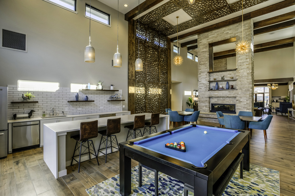 skyline-luxury-apartments-apartment-homes-for-rent-boise-id-83705-clubhouse-game-room